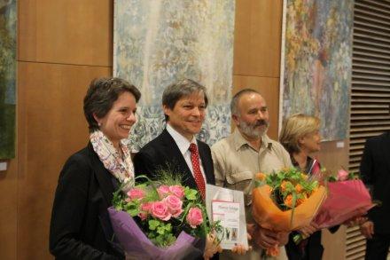 Commissioner Ciolos, artists Cezara Kolesnik, Dumitru Verdianu and Natalia Plamandeama